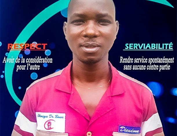 Clinique-Docteur-Boum-Douala-Cameroun-employee de l'annee