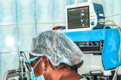 Clinique-Docteur-Boum-Douala-Cameroun-12
