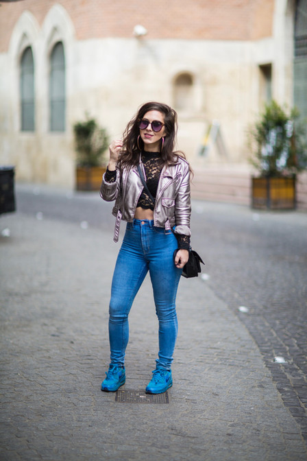 Sneakers, jeans och Budapest innan helvetet bröt ut i Stockholm