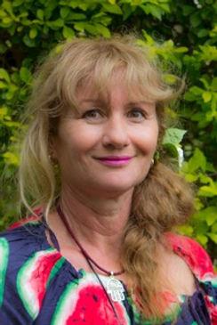 Karen's Author Pic 1.jpg