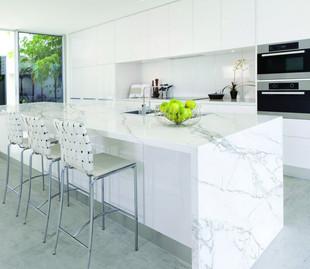 neolith-kitchen-calacatta-1024x887.jpg