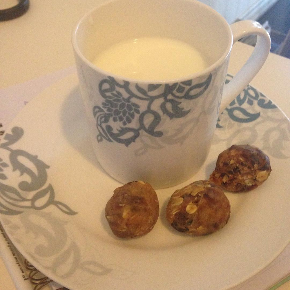 Homemade Date Balls with Milk