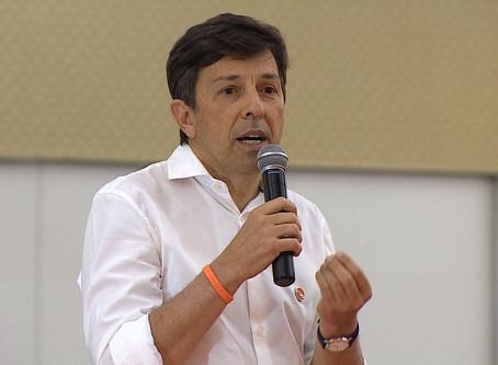 João Amoêdo diz que pretende privatizar Petrobras se for eleito