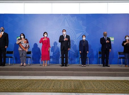 Primeira-dama Michelle Bolsonaro contraiu Covid-19, mas estado de saúde é 'bom', informa Planalto