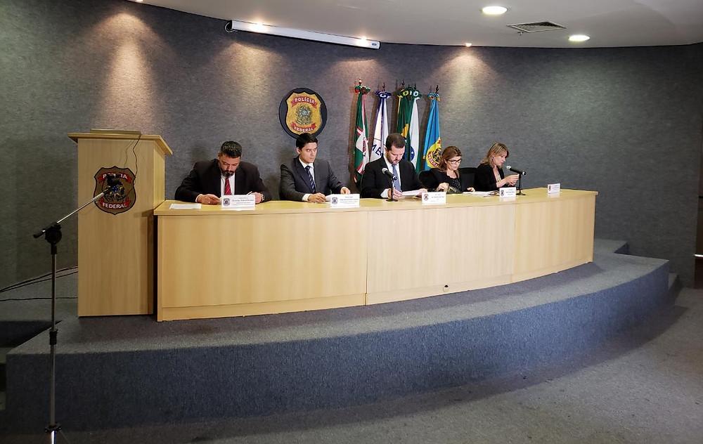 PF e MPF explicam suspeitas investigadas pela 56ª fase da Lava Jato durante coletiva de imprensa em Curitiba — Foto: Pedro Brodbeck/ G1