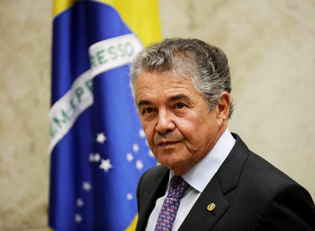 Marco Aurélio vota para que Bolsonaro possa depor por escrito