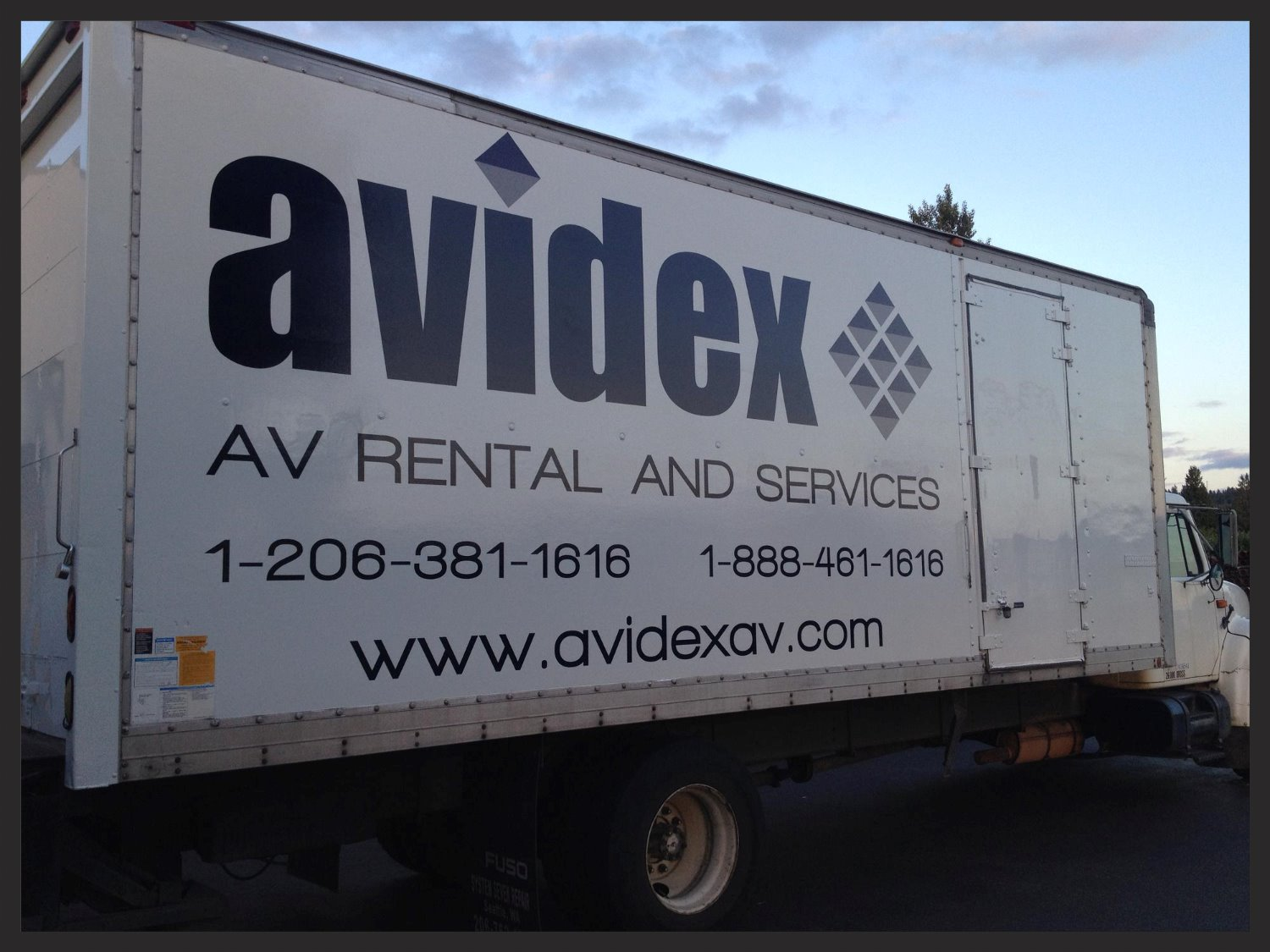 Avidex Box Truck
