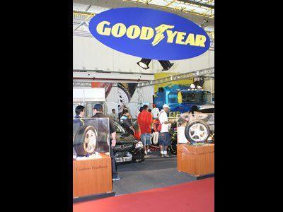 Estande Goodyear