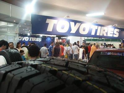 Estande Toyotires