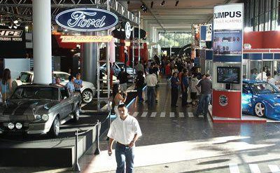 Estande Ford