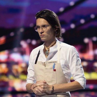 Charles Michel (francês-colombiano) estudou no Instituto Paul Bocuse, em Lyon, e é chef no laboratório de pesquisa em ciência do gosto e da percepção, na Oxford