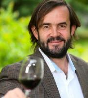 winemaker_jonusabiaga_web.jpg