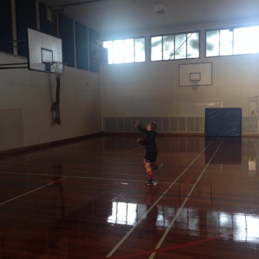 Lisenin kapalı spor salonu 1