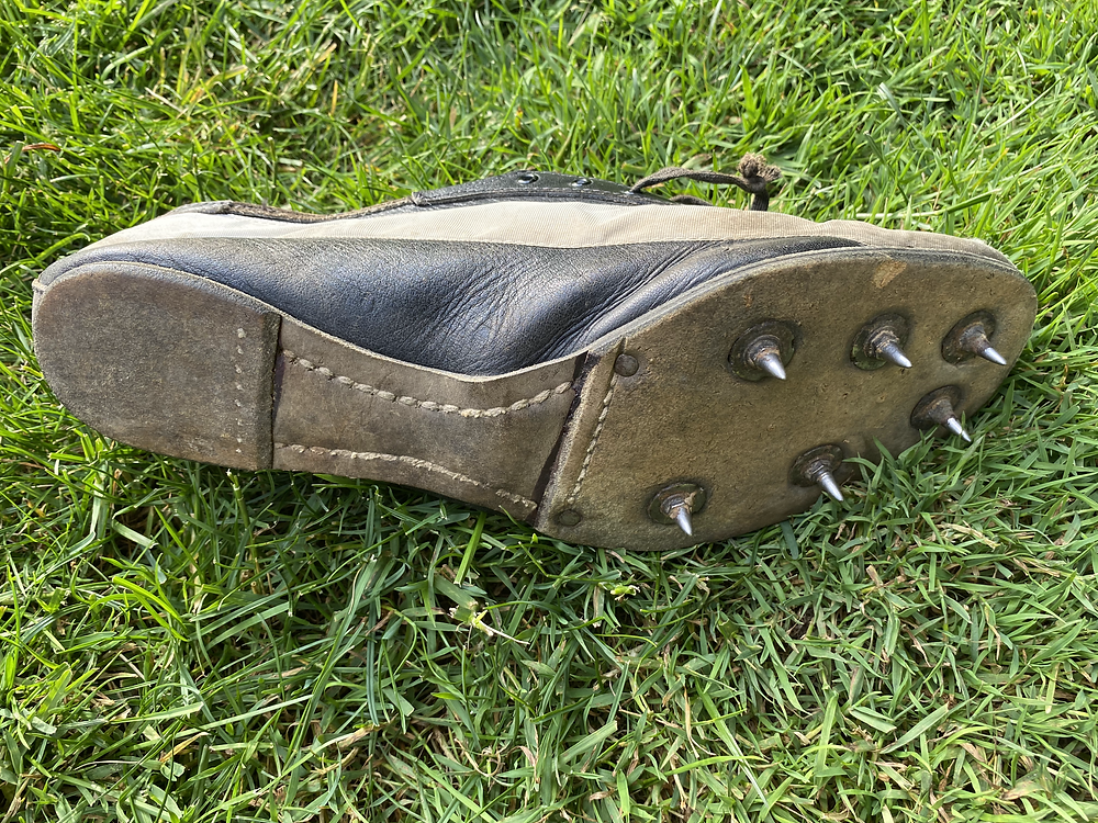 Removable spikes with the stitched leather bottom