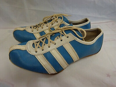 Photos of Adidas Avanti Spikes that I wore as a 10 year old.