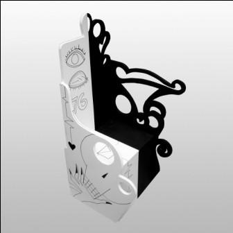 `Royal Desire` wood e enamel`.w.47xd.41x