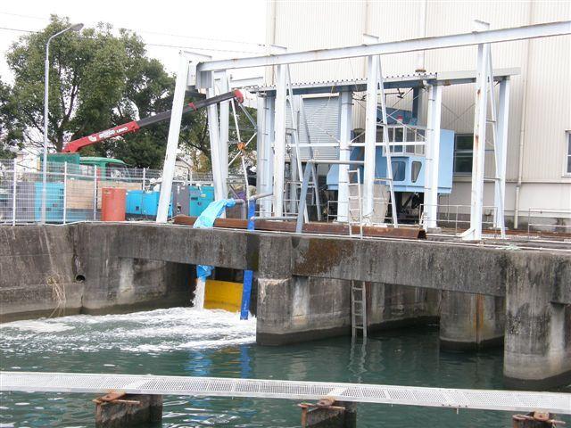 水門、止水作業