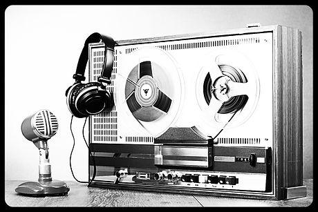 Retro reel to reel tape recorder, microp