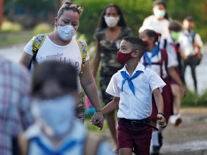 Madres latinas pagan alta factura por crisis económica a causa de pandemia