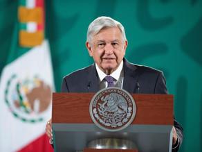 """López Obrador reconoce """"poco"""" crecimiento económico pero mantiene pronóstico"""