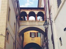 Scorci-geometrici-a-Spoleto