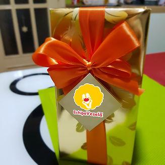 cutie cu ciocolata site.jpg