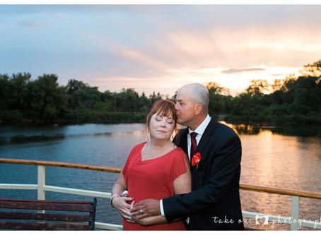 Kelly & Zach's Romantic Mariposa Cruises Wedding