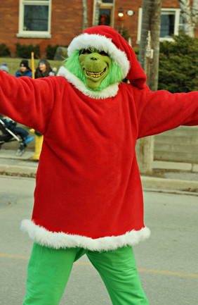 Main St Christmas 6.jpg
