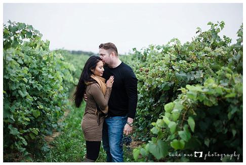 Niagara_Engagement_Shoot_Vineyard_Winery