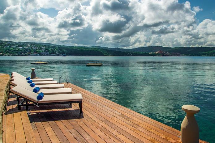 Jamaica_MakanaonDiscoveryBay_03.jpg