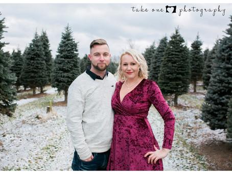 Christmas Tree Couple Photography