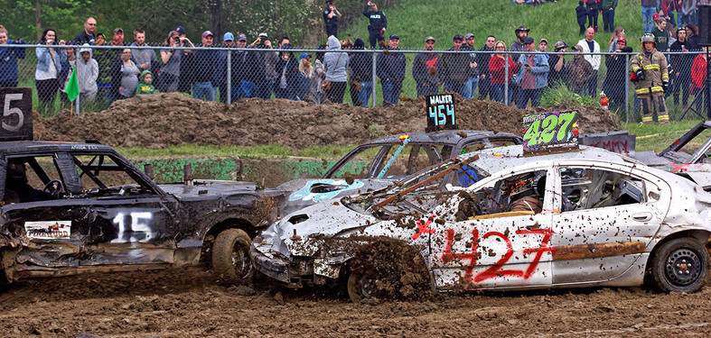 Schomberg Fair Demo Derby flyn mud3.jpg