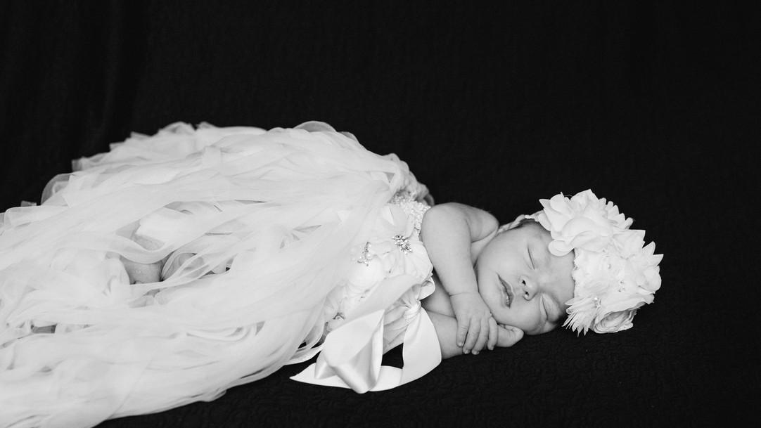Kara_Newborn_Photography-4407-2.jpg