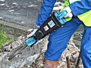 construction equipment,concrete breaker,paving breaker,demolition pick