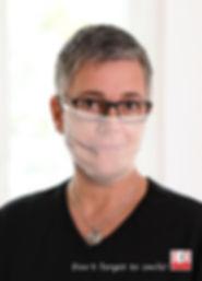 """Anja Schramm vom Lucky-Shirts-Shop - Gesichtsmaske mit """"Wiedererkennungswert"""" ;-)"""