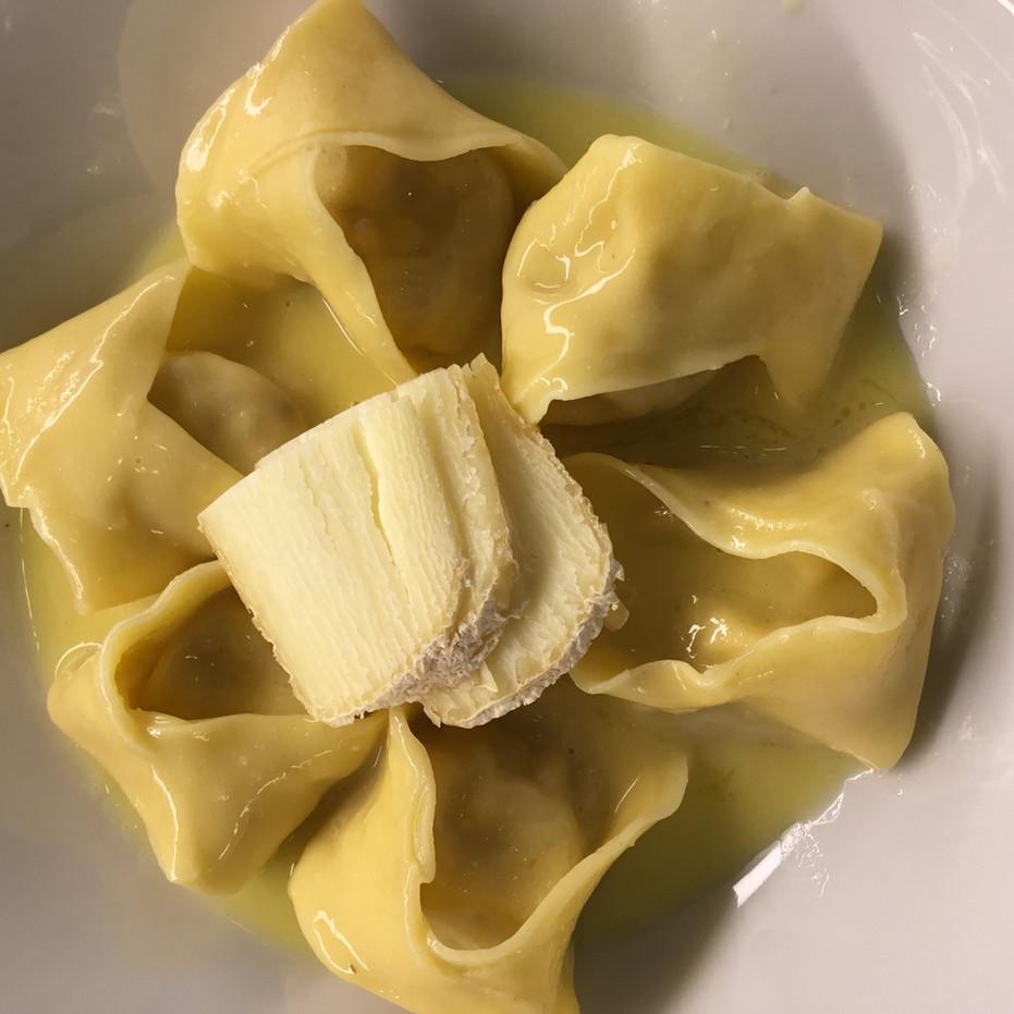 Ravioli_goat_cheese.2.jpg