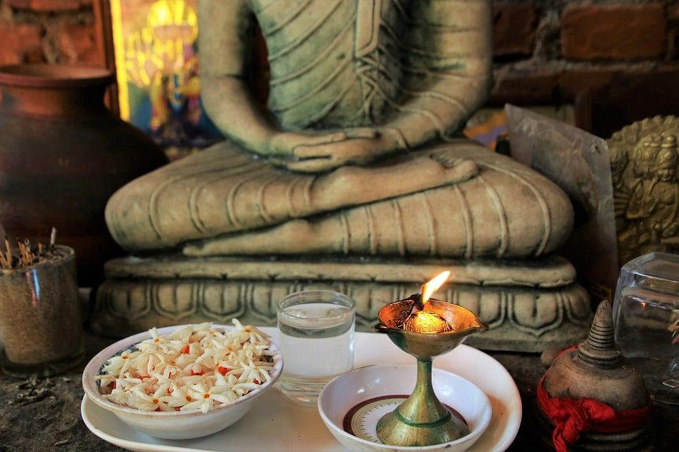 Nayllou Holistics 121 meditation