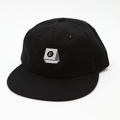 TYPEWRITER LOGO 6 PANEL【BLACK】