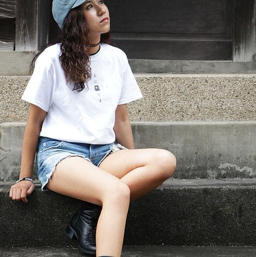 Tシャツ,女性モデル,model,エニグマ