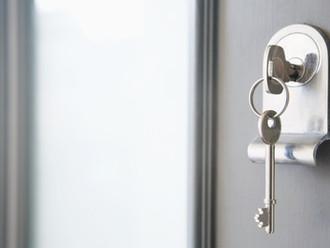 BGH, 05.03.2014 - VIII ZR 205/13: Keine fiktive Schadensberechnung bei Verlust von Wohnungsschlüssel
