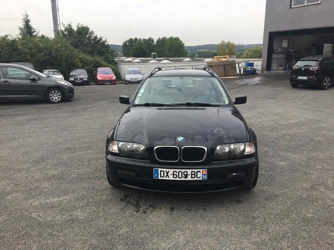 BMW série 3 (320)  noire face (1).jpg