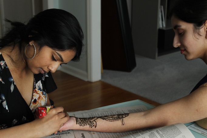 Akhila applying henna: 3/16/2020