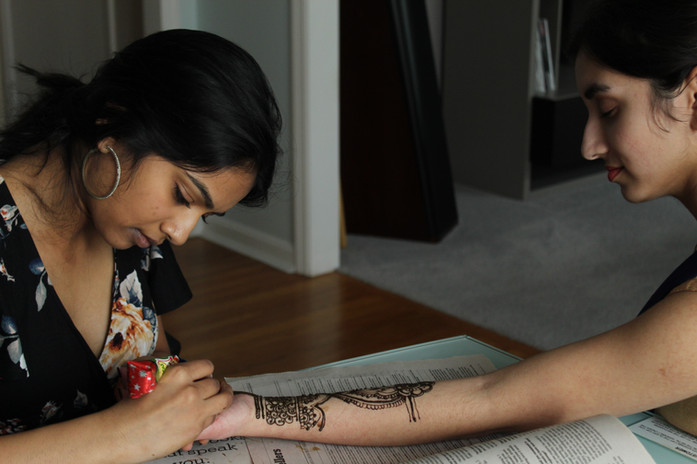 Akhila applying henna: 3/16/2020