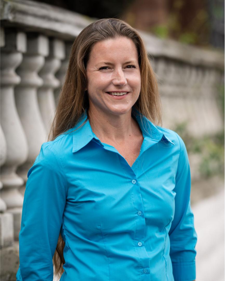 Nicole Henderson, Photographer