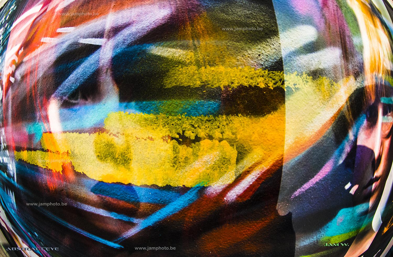 abstract eyE web