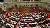 Η κυβέρνηση σχεδιάζει να φέρει τη συζήτηση για το Σκοπιανό στη Βουλή