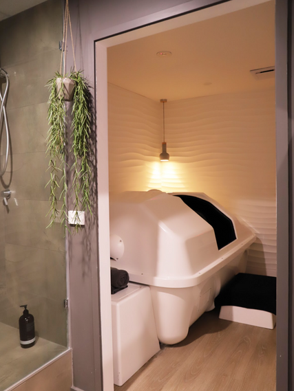 surfcoast wellness rooms-salt therapy-infrared sauna-float-tank-meditation-yoga-massage-reiki-energy healing-image1