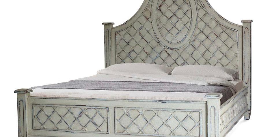 Dauphine Quen Bed Set