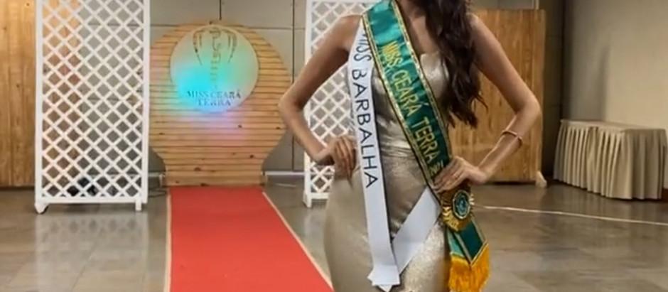 A Miss Ceará Earth 2021 é de Barbalha. A Influencer e Nutricionista Beatriz Gomes