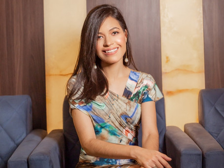Os Parabéns de hoje são para linda Dra. Lívia Lima.
